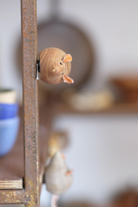 souris magnet en bois tourné